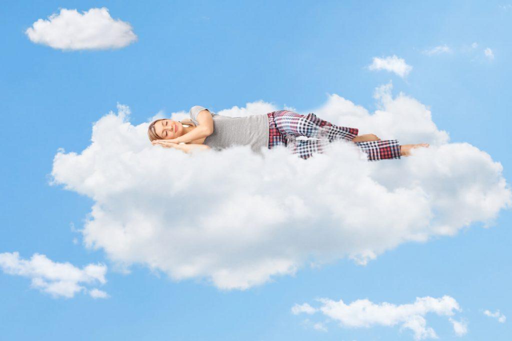 雲の上で睡眠