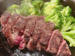 ダイエットでいきなりステーキはどうなの?裏技おすすめメニューの頼み方も紹介