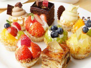 ダイエット中に甘いものを我慢すべき?食べたくなったらコレ!甘いものレシピ・糖質制限コンビニスイーツ・代用食品もご紹介