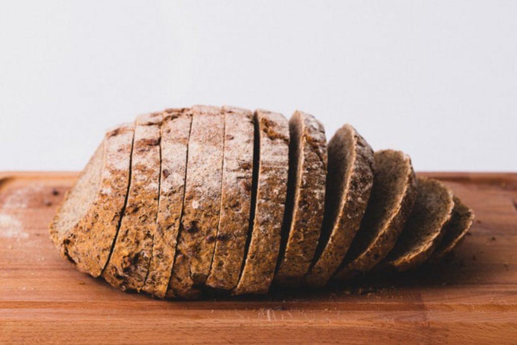 パン 糖質