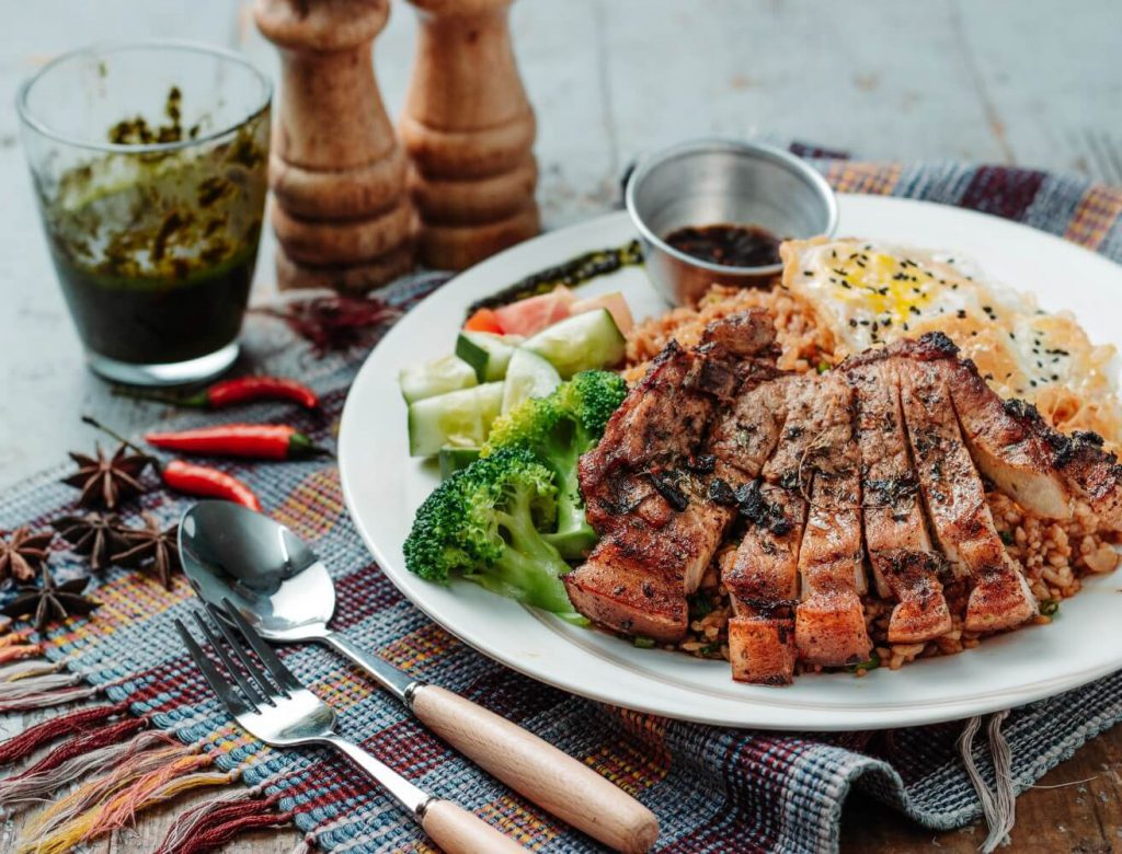 ダイエット、肉、野菜、食事